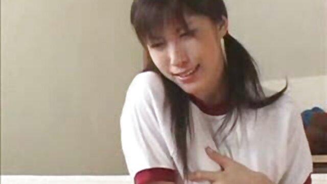 Horney en videos lesvianas españolas su habitación