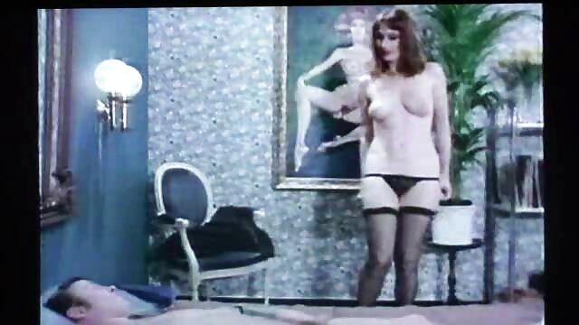 Fortnite con Brittney - hermosas suelas videos de españolas lesvianas