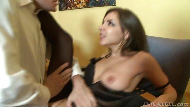 Angelina Castro Sam 38G y Maggie Green Dildo lesvianas xxx español taladran hasta el orgasmo