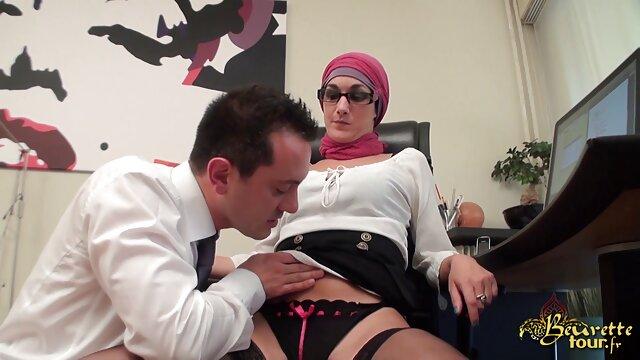 Sexy mami joclyn con lesviana españolas vagina peluda y mucho juego de roles