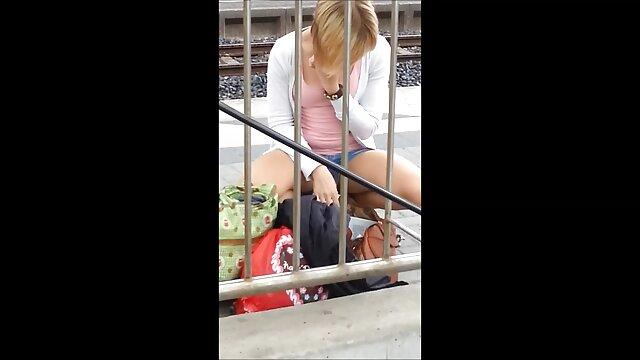 Chica rusa Aynura VK Live flash tetas grandes, culo, videos de lesvianas espanolas toqueteo