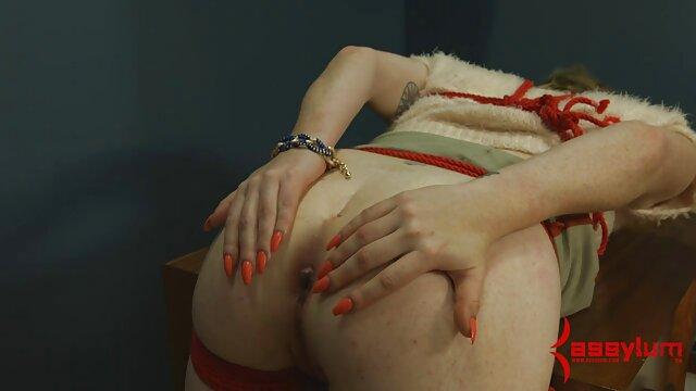 La milf inglesa Abi ejercita su trasero videos gratis de lesvianas españolas afeitado
