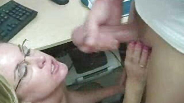 Pale chav adolescente juega en videos de lesvianas en idioma español casa