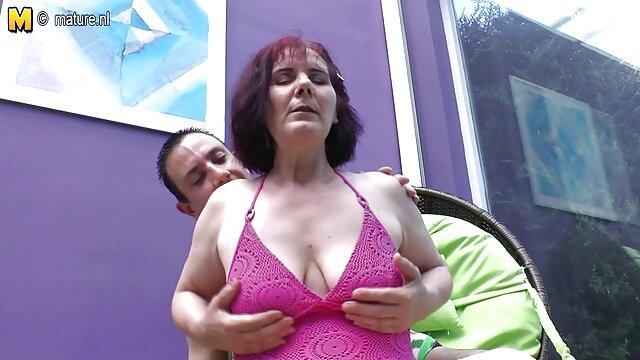 El lado oscuro de videos de lesvianas en idioma español Danielle (1974) - ORGIA BDSM